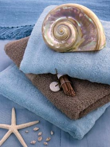 Bathrooms - Shells And Towels, Beyler