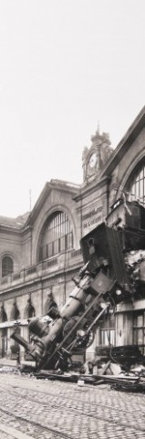 Trains - Accident Ferroviaire À La Gare Montparnasse, Paris, 1895, 1 Partie