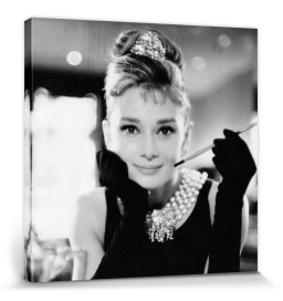 Audrey Hepburn - Breakfast At Tiffany's B/W